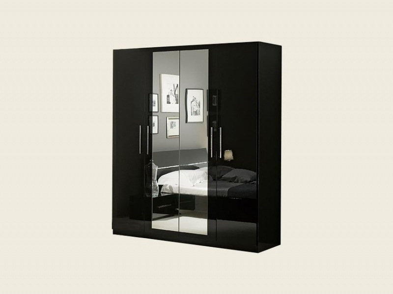 armoire 4 portes laqu e noire pas ch re. Black Bedroom Furniture Sets. Home Design Ideas